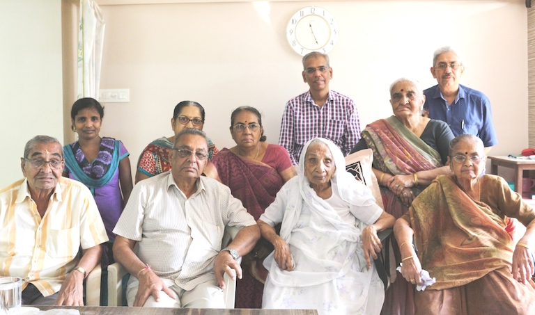 104 yr old lady operated successfully for hip fracture at USSH Hospital