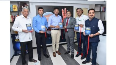 Photo of Fortis doctor releases book on joint replacement