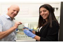 Photo of Scientists develop tweezers to combat antibiotic-resistant bacteria