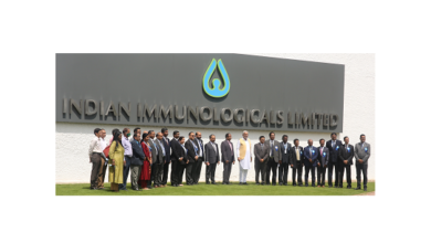 Photo of Union minister lauds COVID-19 vaccine production by IIL, BBIL