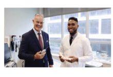Photo of NYU surgeon pioneers innovative in-office orthopaedic procedure